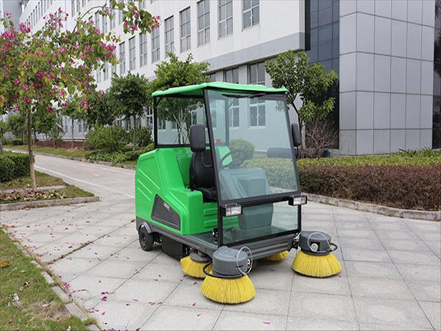 驾驶室电动扫地车-合派电动车