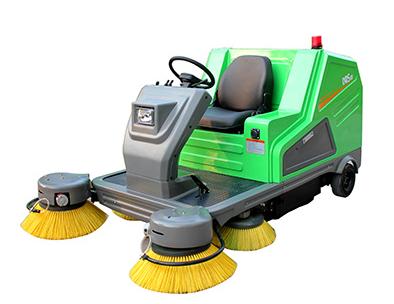 驾驶式电动扫地机DQS18